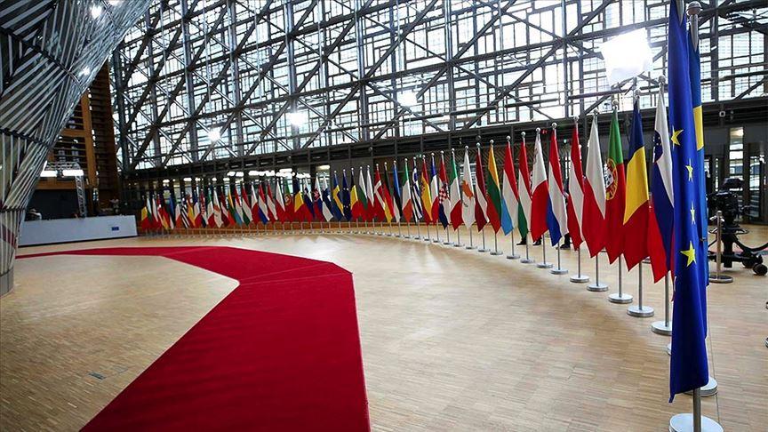 AB'den 9 üyesine 14 milyar euro destek