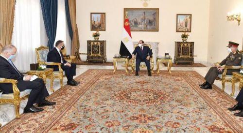 Savunma Bakanı Panagiotopulos diktatör Sisi tarafından kabul edildi