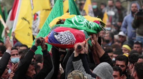 İsrail askerlerinin şehit ettiği Filistinli çocuğun cenazesi toprağa verildi