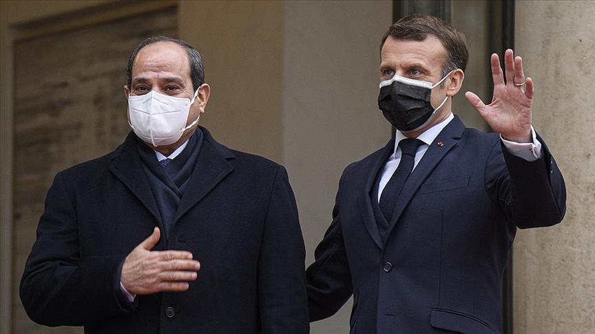 Fransa'da darbeci Sisi'ye 'onur nişanı' verildiği ortaya çıktı
