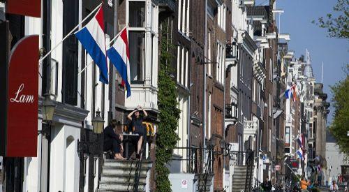 Hollanda'dan 5 hafta karantina kararı