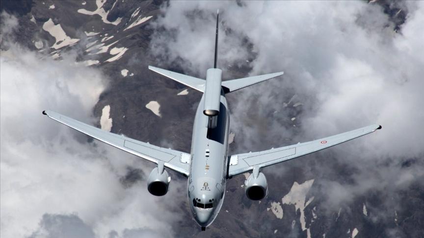 Türkiye: Ege Denizi'nin kuzeyinde 8 uçak ile eğitim uçuşu yapıldı
