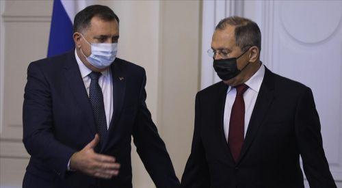 Bosnalı Sırp liderin Lavrov'a hediye ettiği ikona tartışmalara neden oldu
