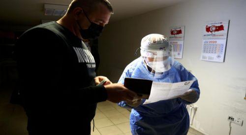 Türkiye'ye girişte 'PCR testi ibrazı zorunluluğu' uygulaması başladı