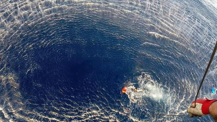 Akdeniz'de düzensiz göçmenleri taşıyan tekne battı: 43 ölü