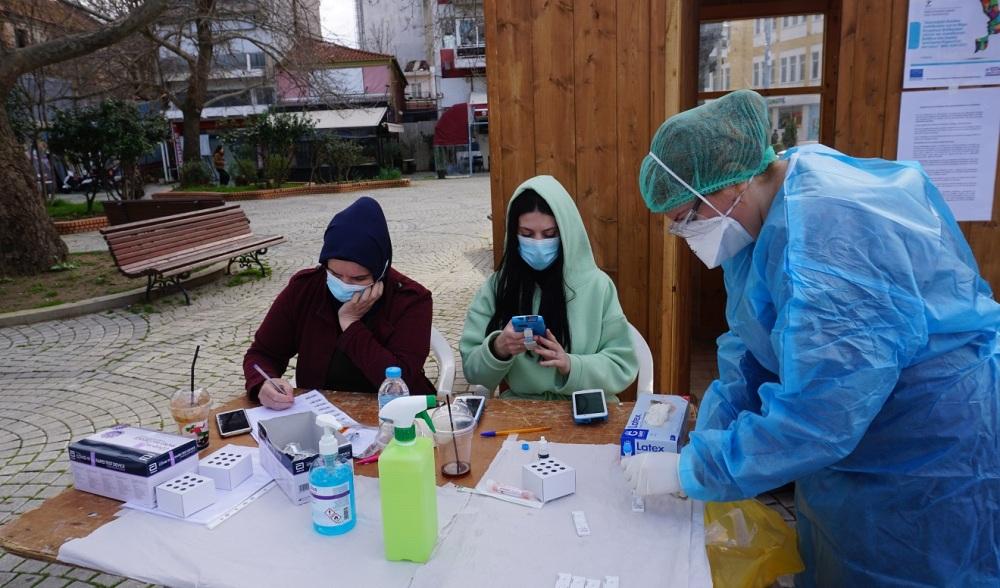 Gümülcine'deki testlerde 2 kişide korona tespit edildi