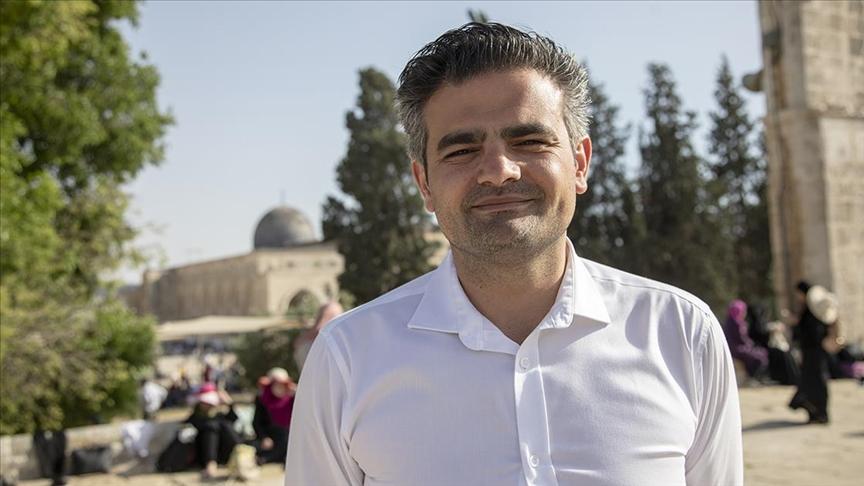 """""""Her seçimde Türkler, Türkiye, Müslümanlar ve İslam üzerinden siyaset yapılıyor"""""""