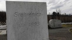 Soykırımla hatırlanan Srebrenitsa'da halk yeniden sandığa gidecek