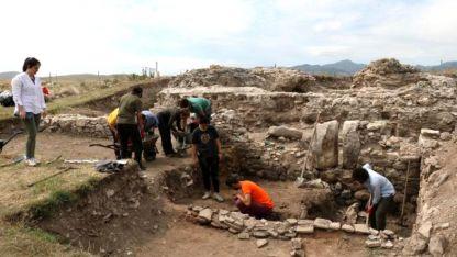 Yunan adasındaki arkeolojik kazılarda Osmanlı eserleri bulundu