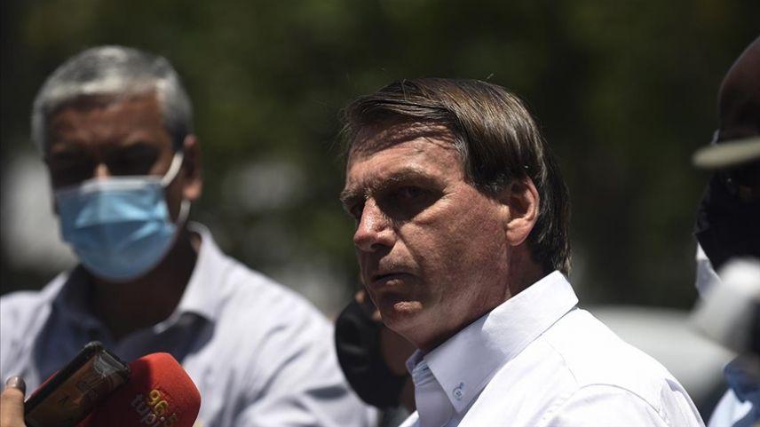 """Salgınla ilgili halkına seslenen Brezilya Devlet Başkanı: """"Sızlanmayı bırakın"""""""