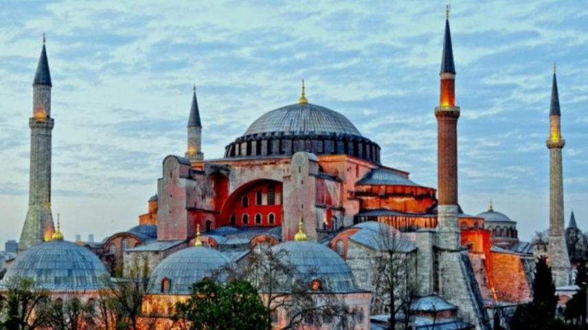 Ayasofya Camisi'nde Miraç gecesi heyecanı