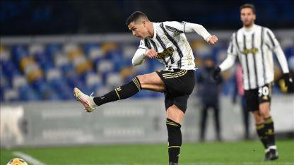 Cristiano Ronaldo, İtalya'da 2019-2020 sezonunun en iyi futbolcusu seçildi