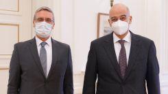 Türkiye'nin Atina Büyükelçisi Özügergin Dışişleri Bakanı Dendias ile görüştü
