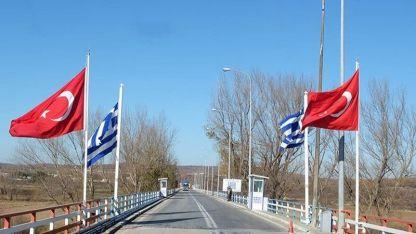 Yunanistan'a kaçmaya çalışan 4'ü FETÖ, biri PKK mensubu 10 kişi yakalandı
