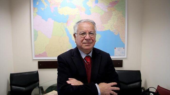 Yunanistan ülkedeki Türklerin kimliğini kabul etmelidir