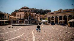 Yunanistan'da son 24 saatte 2.579 koronavirüs testi pozitif çıktı