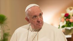 Papa: Kudüs'te yaşananları endişeyle takip ediyorum