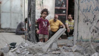 """""""İsrail'in Filistinli çocuklara karşı Gazze'de işlediği suçları durdurun"""""""