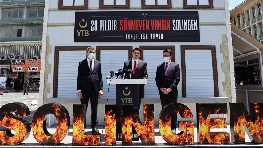 YTB Başkanı Eren, Solingen'deki ırkçı saldırının kurbanlarını andı