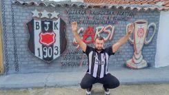 Batı Trakyalı Murat'ın Beşiktaş sevgisi duvarlarda