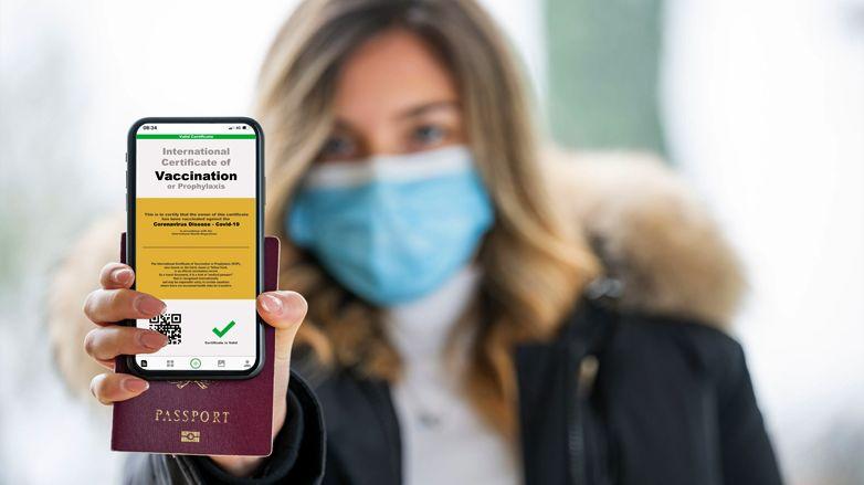 AB'nin Kovid-19 aşı sertifikası yasalaştı