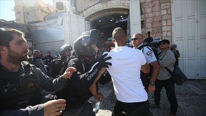 İsrail polisinden fanatik Yahudilerin Hazreti Muhammed'e hakaretini protesto eden Filistinlilere müdahale