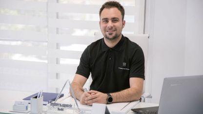 Diş Hekimi Mehmet Deli Hüseyin muayenehanesini açtı