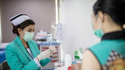 Dünya genelinde 2 milyar 920 milyon dozdan fazla Kovid-19 aşısı yapıldı