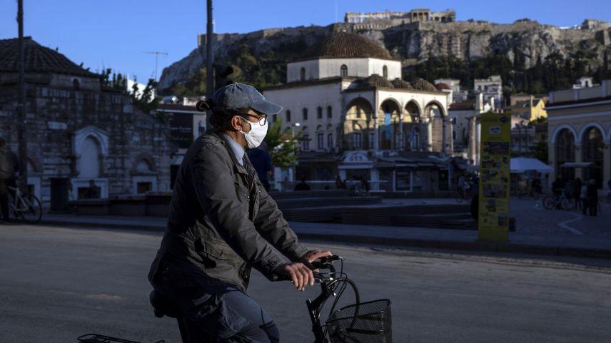 Yunanistan'da son 24 saatte 236 vaka