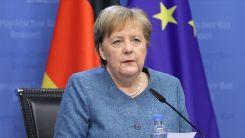 Merkel'den, Macaristan ve Polonya ile ilgili tartışmada AB'nin bölünmemesi uyarısı