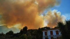 Samos'ta panik: Turistler adayı terk ediyor