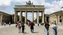 Almanya'da Kovid-19 vakaları yeniden artmaya başladı