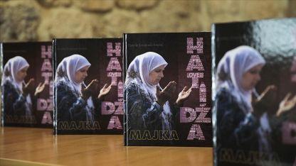 Srebrenitsa soykırımının sembol isimlerinden Hatice Mehmedovic'in hayatı kitap oldu