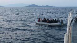 Türk kara sularına geri itilen 34 düzensiz göçmen kurtarıldı