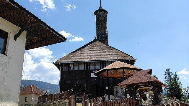 Karadağ'ın en eski camilerinden Hünkar Camisi 550 yaşında