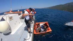 Türk kara sularına geri itilen 10 sığınmacı kurtarıldı