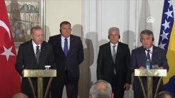 VİDEO | Bosna'yı ziyaret eden Erdoğan: (Afganistan'da) ölü sayısı 170'i buldu