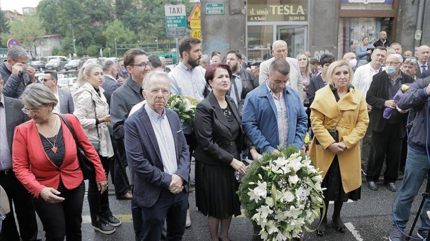 Bosna Hersek: Pazar yeri katliamının kurbanları törenle anıldı