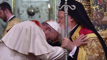 Papa Francis Yunanistan yolcusu