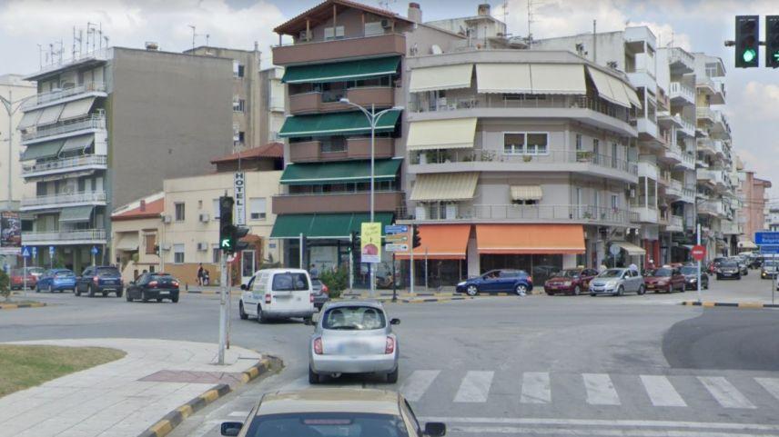 Trafik ışıkları sorunu nedeniyle belediye yönetimini eleştirdi