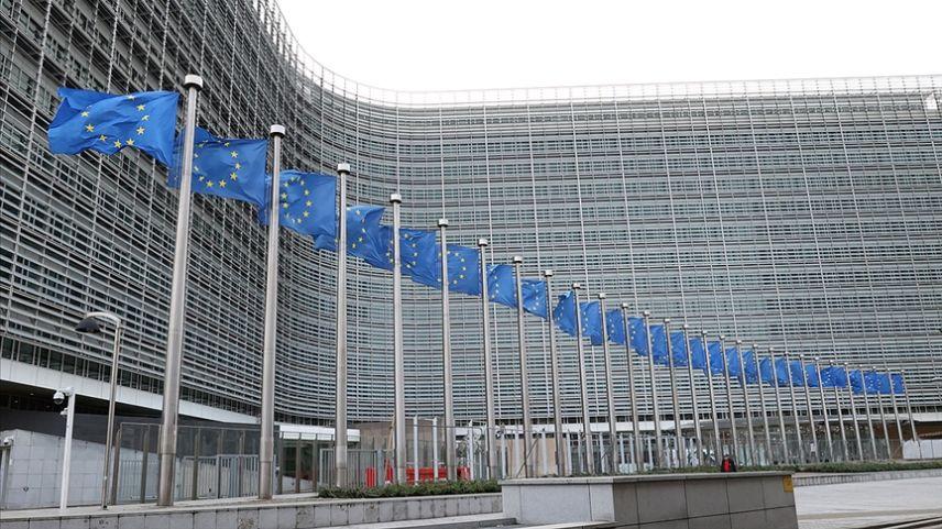 AB 4,5 milyar euroluk 300 yolsuzluk iddiasını soruşturuyor