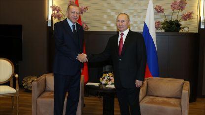Erdoğan ile Putin Soçi'de bir araya geldi