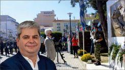 Milletvekili Zeybek'ten İskeçe Belediyesine çelenk tepkisi