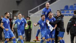 Bakasetas ve Pelkas attı, Yunanistan kazandı