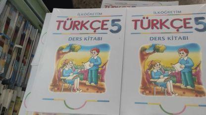 Anavatan Türkiye'den yeni ders kitapları geldi