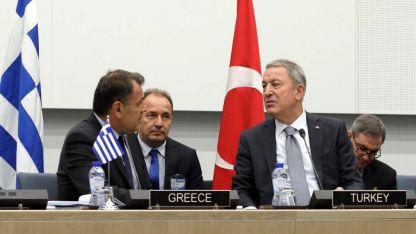 Akar: Yunan Savunma Bakanı ile olumlu, yapıcı bir görüşme yaptık