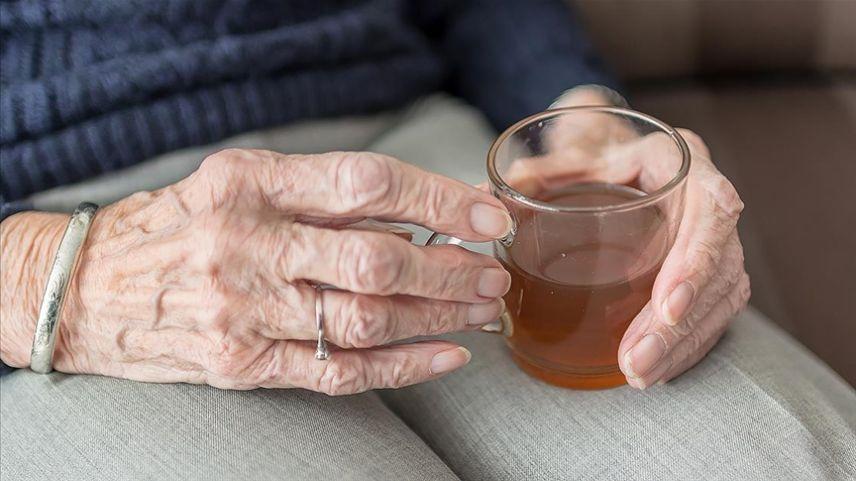 """""""Grip mevsimi yaşlılar için ağır geçebilir"""" uyarısı"""