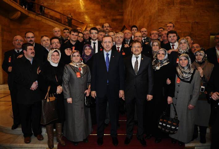 Bursa'da yaşayan Batı Trakyalılar T.C. Başbakanı Erdoğan ile buluştu