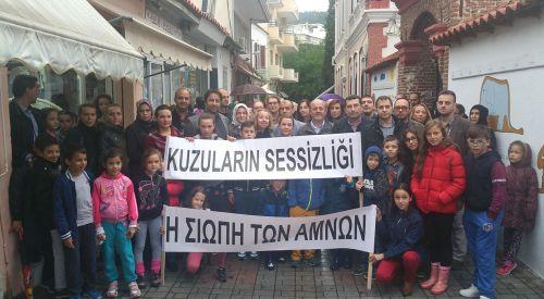 İskeçe Merkez Türk İlkokulu'nda kapatma eylemi başladı