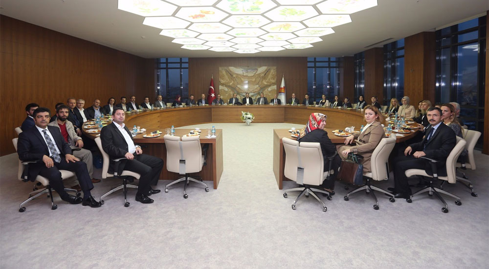 Batı Trakya Türkleri Zeytinburnu Belediye Başkanı'nı Ziyaret Etti